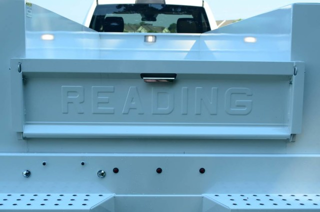 2017 Ram 5500 Regular Cab DRW 4x4, Reading Service Body #J7571 - photo 10