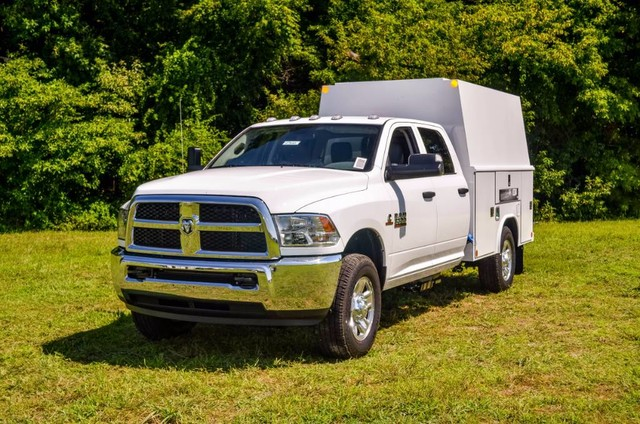 2017 Ram 3500 Crew Cab 4x4, Reading Panel and Tapered Panel Body Service Body #J7610 - photo 1
