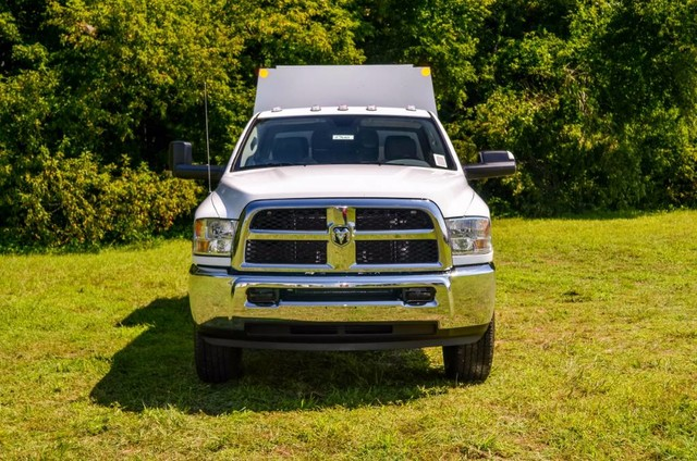 2017 Ram 3500 Crew Cab 4x4, Reading Panel and Tapered Panel Body Service Body #J7610 - photo 3