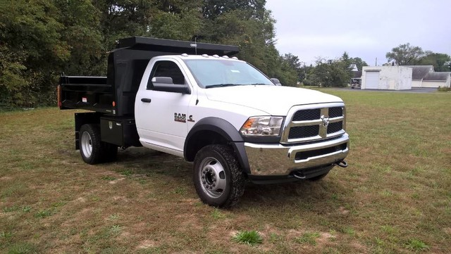 2018 Ram 5500 Regular Cab DRW 4x4, Reading Dump Body #J8036 - photo 4
