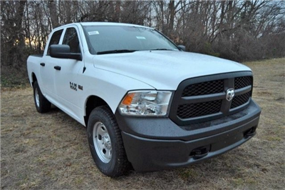 2018 Ram 1500 Crew Cab 4x4,  Pickup #J8046 - photo 3