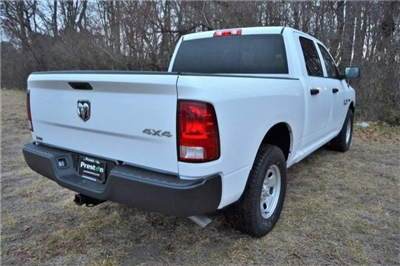 2018 Ram 1500 Crew Cab 4x4,  Pickup #J8046 - photo 16