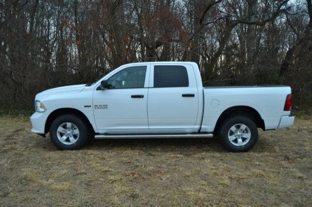 2018 Ram 1500 Crew Cab 4x4, Pickup #J8148 - photo 16