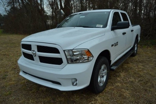 2018 Ram 1500 Crew Cab 4x4, Pickup #J8148 - photo 1