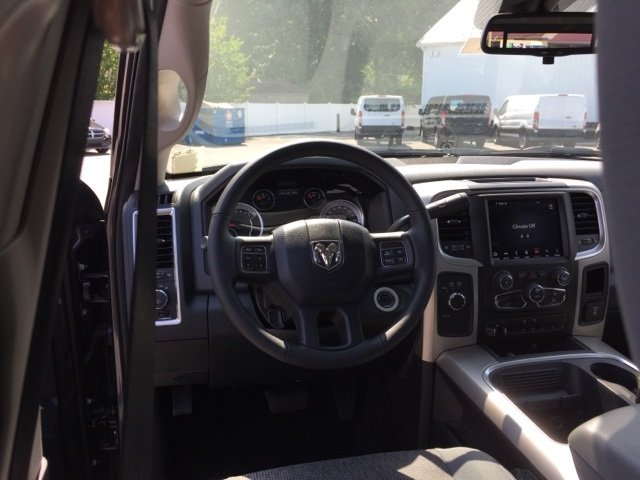2018 Ram 3500 Crew Cab 4x4,  Service Body #J8181 - photo 7