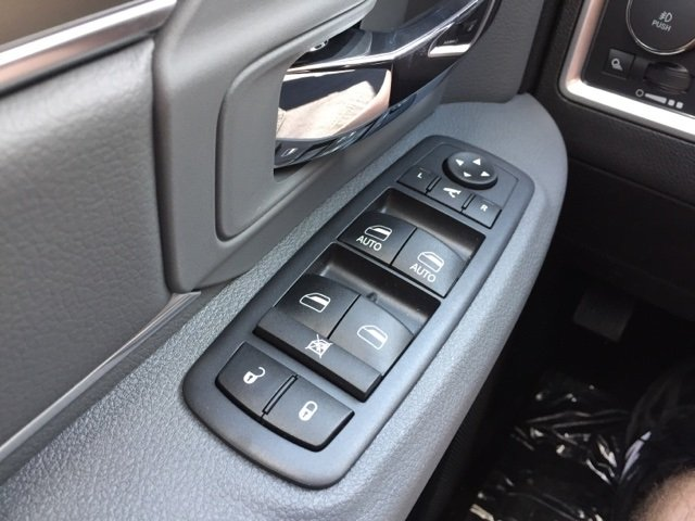2018 Ram 1500 Crew Cab 4x4,  Pickup #J8629 - photo 12