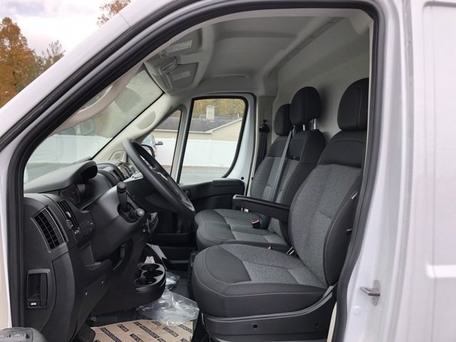 2018 ProMaster 2500 High Roof FWD,  Empty Cargo Van #JE122839 - photo 4