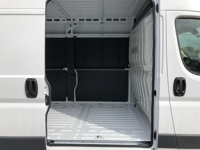 2018 ProMaster 2500 High Roof FWD,  Empty Cargo Van #MC015 - photo 4