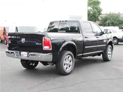 2017 Ram 2500 Crew Cab 4x4 Pickup #N180235 - photo 2