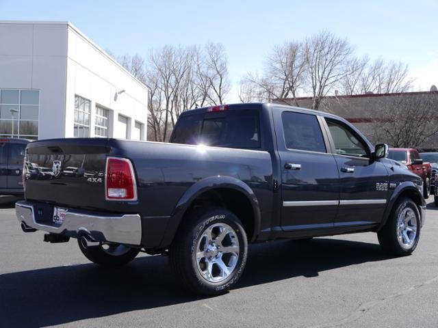 2017 Ram 1500 Crew Cab 4x4 Pickup #N18636 - photo 2