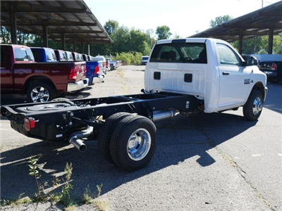 2017 Ram 3500 Regular Cab DRW 4x4 Cab Chassis #N18890 - photo 2