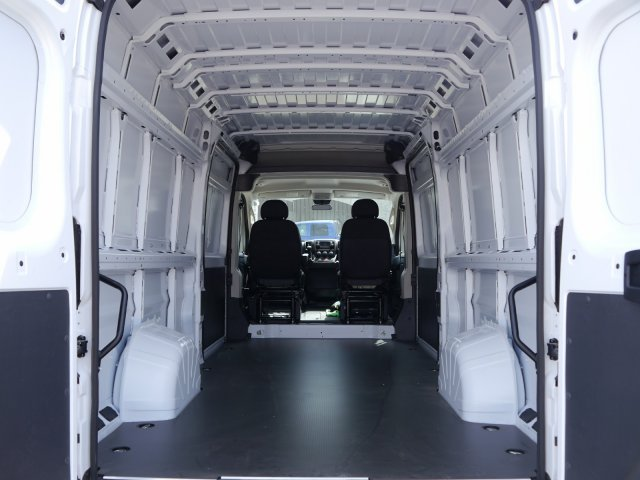 2018 ProMaster 3500 High Roof 4x2,  Empty Cargo Van #N25100 - photo 2
