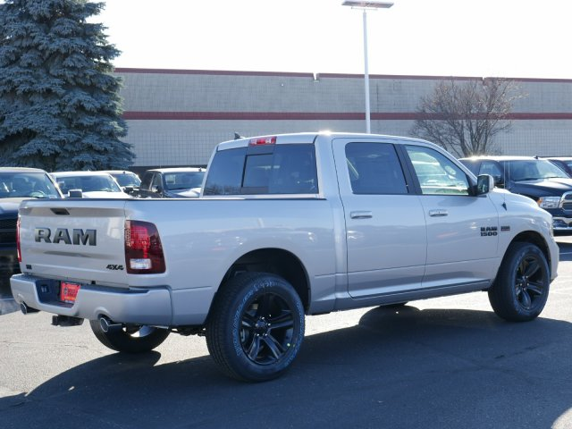 2018 Ram 1500 Crew Cab 4x4 Pickup #N28062 - photo 2