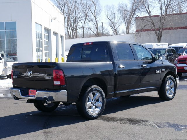 2018 Ram 1500 Crew Cab 4x4, Pickup #N28446 - photo 2