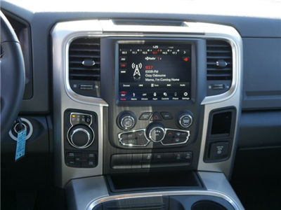 2018 Ram 1500 Crew Cab 4x4, Pickup #N28446 - photo 6