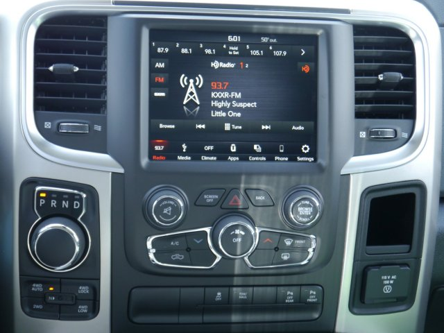 2018 Ram 1500 Crew Cab 4x4, Pickup #N28550 - photo 6