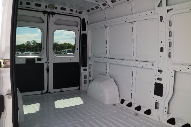 2017 ProMaster 2500 High Roof, Cargo Van #M17559 - photo 33