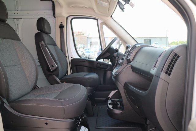 2017 ProMaster 2500 High Roof, Cargo Van #M17559 - photo 36