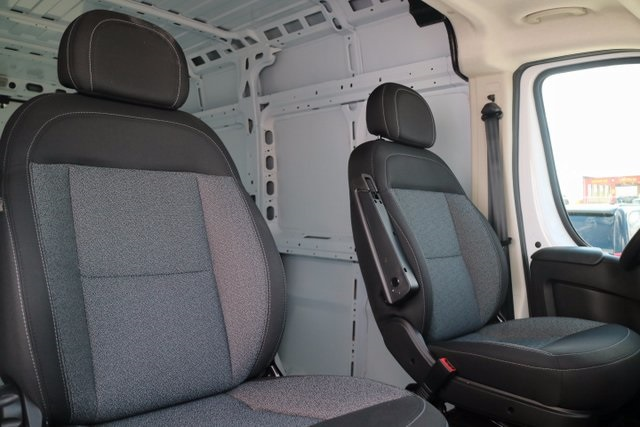 2017 ProMaster 2500 High Roof, Cargo Van #M17559 - photo 37