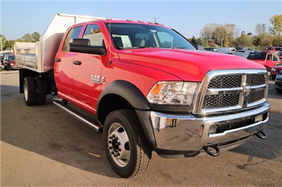 2018 Ram 5500 Crew Cab DRW 4x4, Tafco Dump Body #M18062 - photo 6