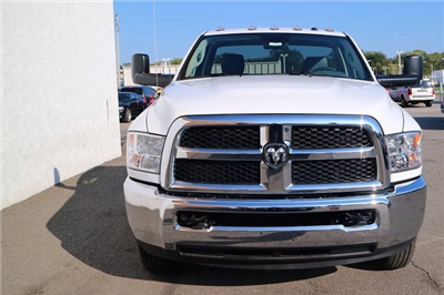 2018 Ram 3500 Regular Cab DRW, Cab Chassis #M18075 - photo 7