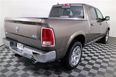2018 Ram 1500 Crew Cab 4x4 Pickup #M18094 - photo 4