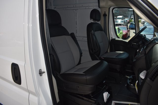 2018 ProMaster 3500 High Roof FWD,  Empty Cargo Van #M181029 - photo 26