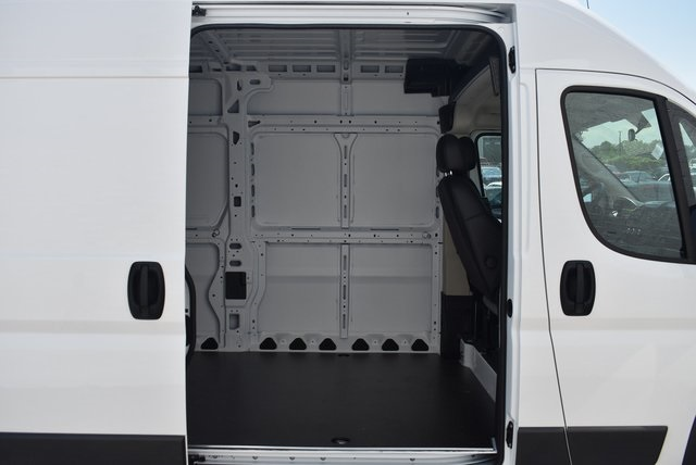 2018 ProMaster 3500 High Roof FWD,  Empty Cargo Van #M181029 - photo 30