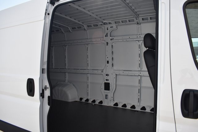 2018 ProMaster 3500 High Roof FWD,  Empty Cargo Van #M181029 - photo 31