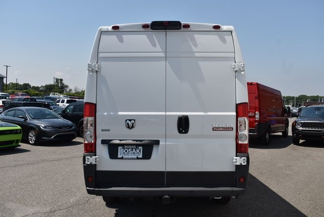2018 ProMaster 3500 High Roof FWD,  Empty Cargo Van #M181029 - photo 4