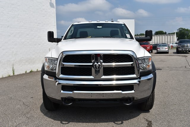 2018 Ram 4500 Regular Cab DRW 4x2,  Reading Service Body #M181076 - photo 8