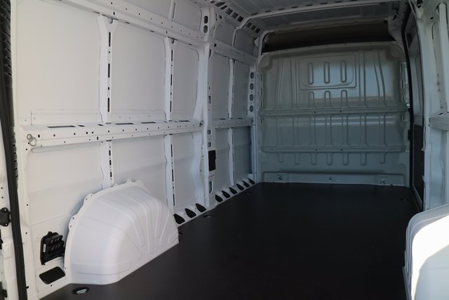 2018 ProMaster 2500 High Roof, Cargo Van #M18123 - photo 18