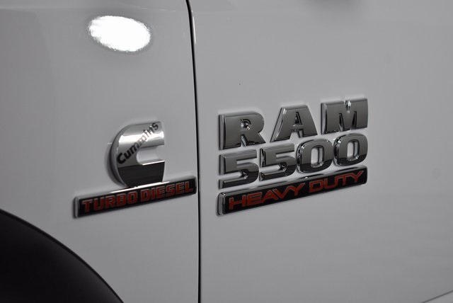 2018 Ram 5500 Crew Cab DRW 4x4,  Monroe Platform Body #M181269 - photo 7