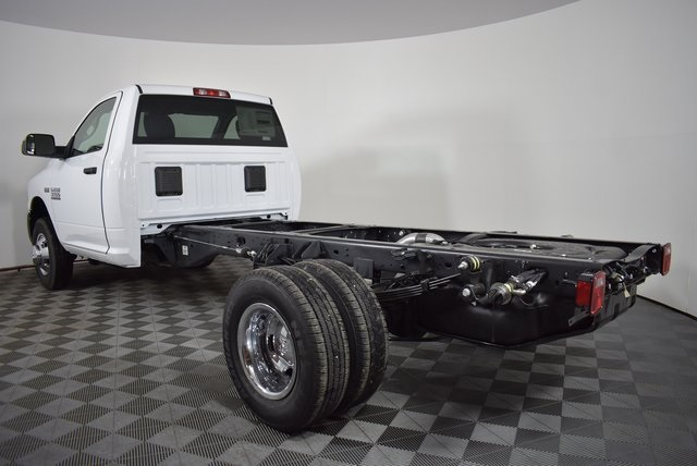 2018 Ram 3500 Regular Cab DRW 4x4,  Cab Chassis #M181276 - photo 2