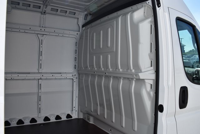 2018 ProMaster 3500 High Roof FWD,  Empty Cargo Van #M181282 - photo 24