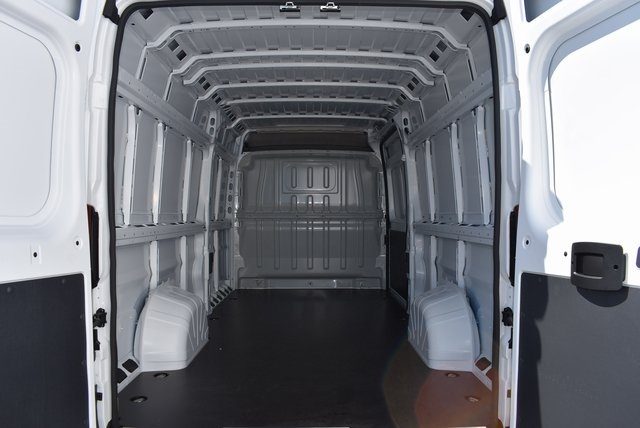 2018 ProMaster 3500 High Roof FWD,  Empty Cargo Van #M181282 - photo 2