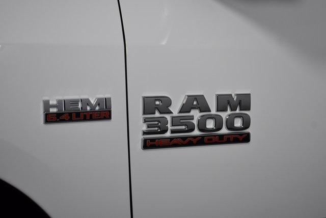 2018 Ram 3500 Regular Cab DRW 4x4,  Monroe Versa-Line Platform Body #M181290 - photo 8