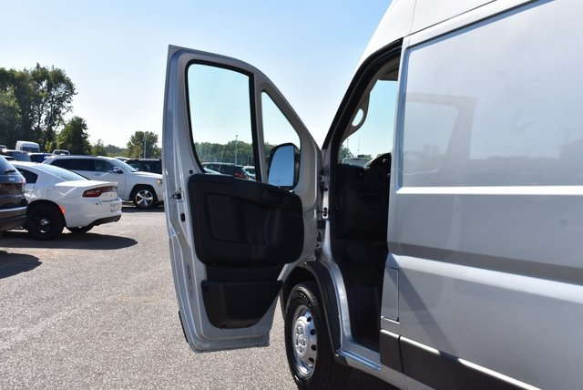 2018 ProMaster 2500 High Roof FWD,  Empty Cargo Van #M181294 - photo 21