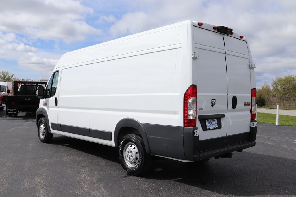 2018 ProMaster 3500 High Roof FWD,  Empty Cargo Van #M181318 - photo 4