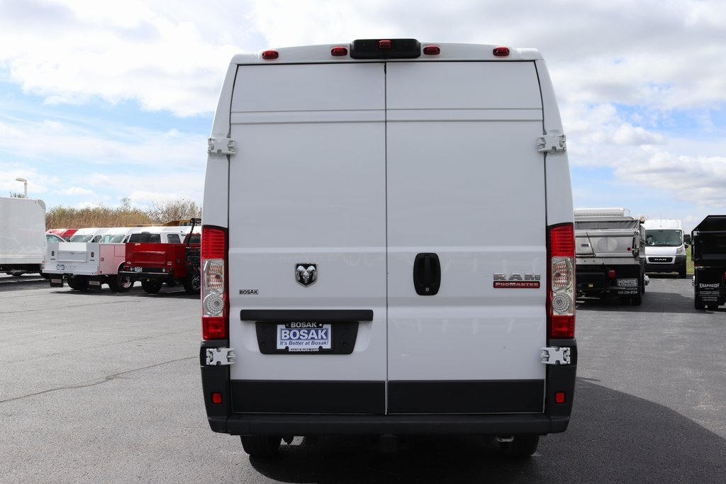 2018 ProMaster 3500 High Roof FWD,  Empty Cargo Van #M181318 - photo 5
