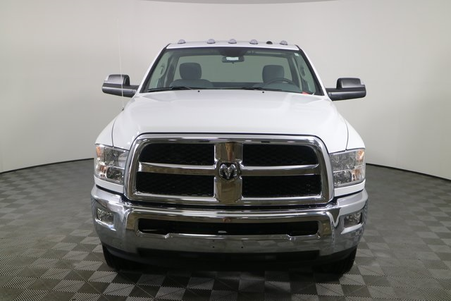 2018 Ram 3500 Regular Cab DRW 4x4,  Cab Chassis #M181326 - photo 8