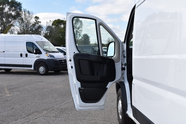 2018 ProMaster 2500 High Roof FWD,  Empty Cargo Van #M181340 - photo 21