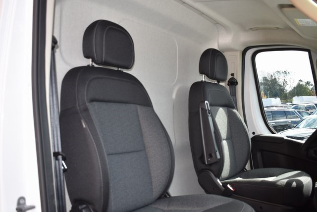 2018 ProMaster 2500 High Roof FWD,  Empty Cargo Van #M181340 - photo 25