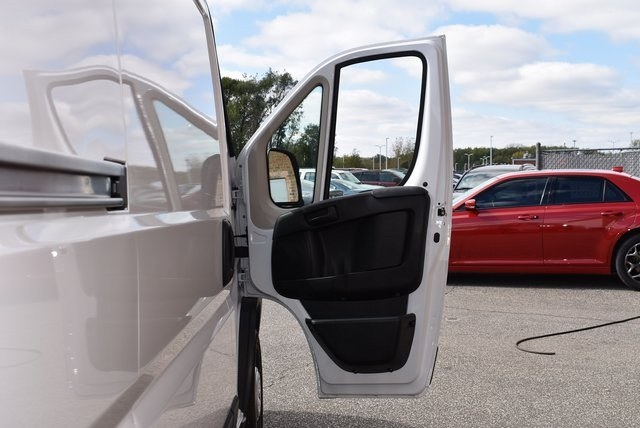2018 ProMaster 2500 High Roof FWD,  Empty Cargo Van #M181340 - photo 27