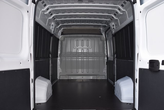 2018 ProMaster 2500 High Roof FWD,  Empty Cargo Van #M181340 - photo 2
