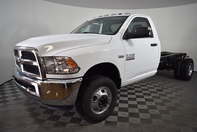 2018 Ram 3500 Regular Cab DRW 4x4,  Cab Chassis #M181346 - photo 9