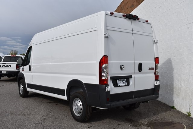 2018 ProMaster 2500 High Roof FWD,  Empty Cargo Van #M181351 - photo 4
