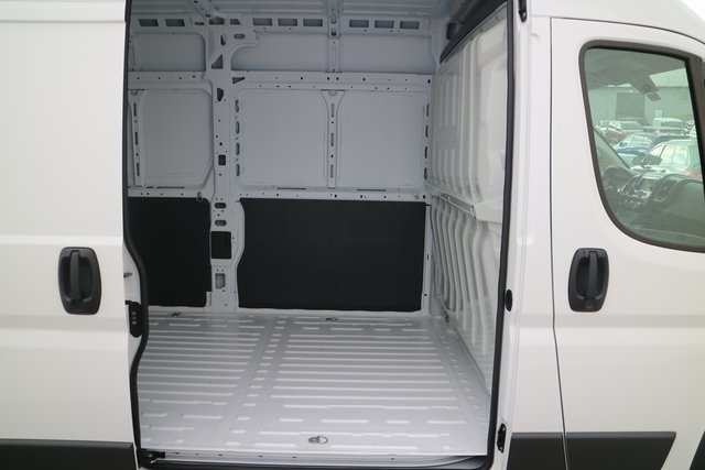 2018 ProMaster 3500 High Roof FWD,  Empty Cargo Van #M181362 - photo 18