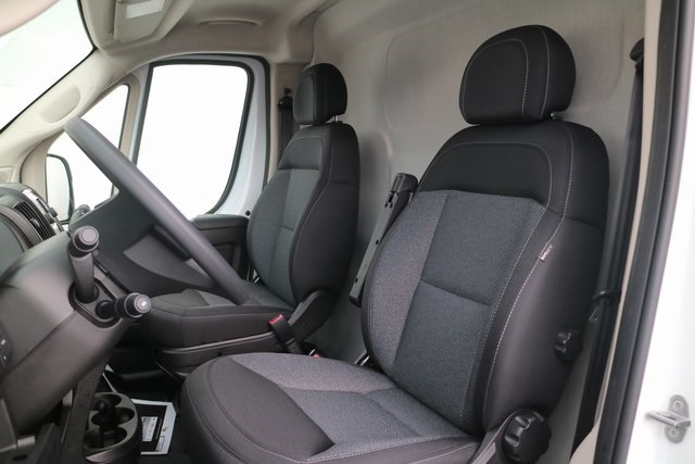 2018 ProMaster 3500 High Roof FWD,  Empty Cargo Van #M181362 - photo 9