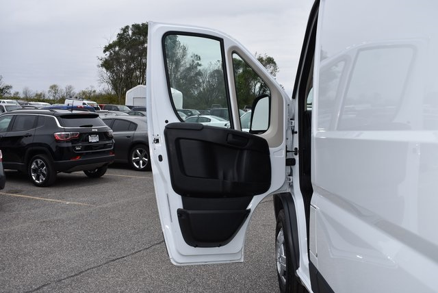 2018 ProMaster 3500 High Roof FWD,  Empty Cargo Van #M181365 - photo 21